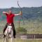 Hongaarse trainer boogschieten te paard naar Nederland